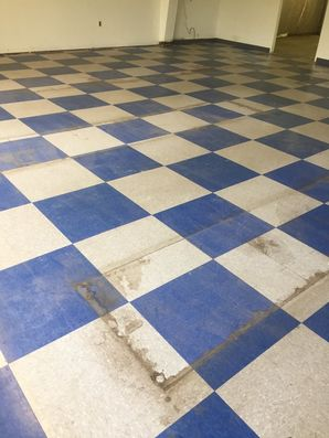 Before & After Floor Stripping and Waxing in Bowie, MD (5)